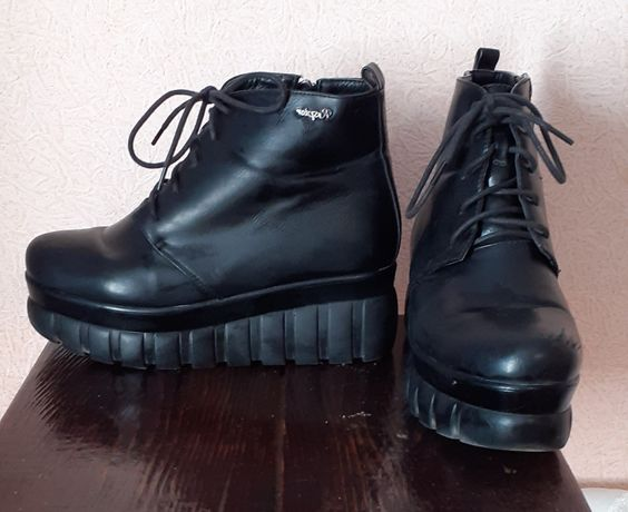 Демисезон ботинки женские из кожзама 38 р