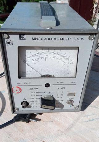 Милливольтметр В3-38  (до 300V)