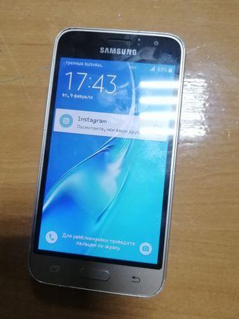 Продам Samsung galaxy j1 2016 duos