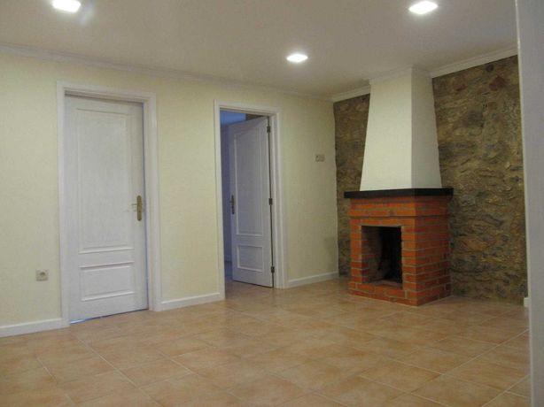 Casa para arrendar em Carregosa