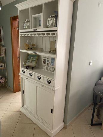 Armario / vitrine sala ou cozinha