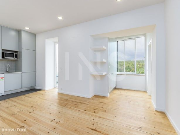 Apartamento T2+1 para venda com terraço na zona de Campo ...
