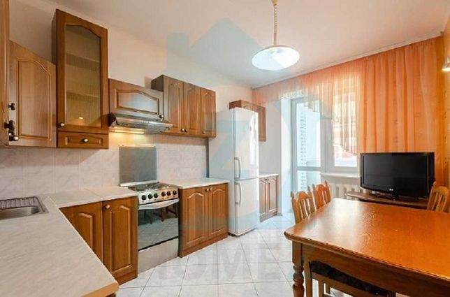 Продам 2х комнатную квартиру, метро Осокорки. Без комиссии!