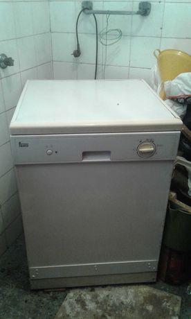 Vendo maquina de lavar loiça teka em em bom estado de conservação