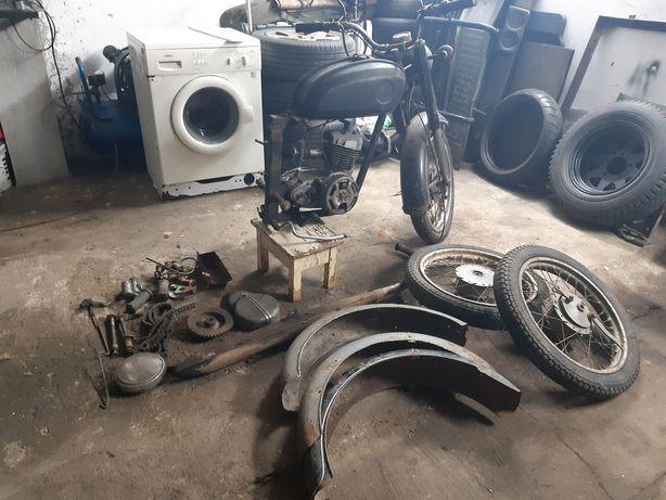 Wsk 125 silnik i reszta