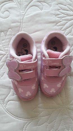 Кроссовки на девочку,  21 размер