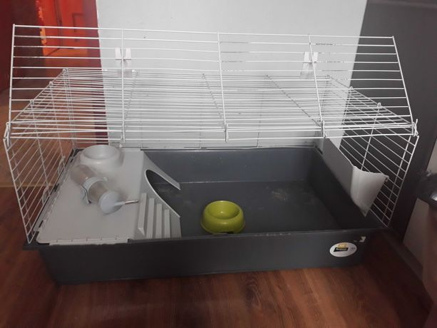 Klatka dla królika z wyposażeniem