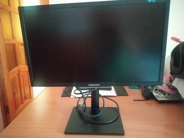Компьютер Samsung +акустика 2.1+системный блок
