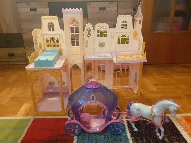 Zamek Barbie + karoca z koniem