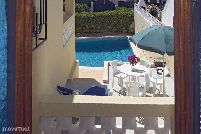 LGS12V2 Moradia piscina, linda vista mar, WIFI