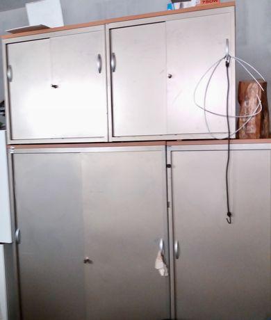 Armários metal - 2 tamanhos - Portas de correr - Em lote ou á unidade