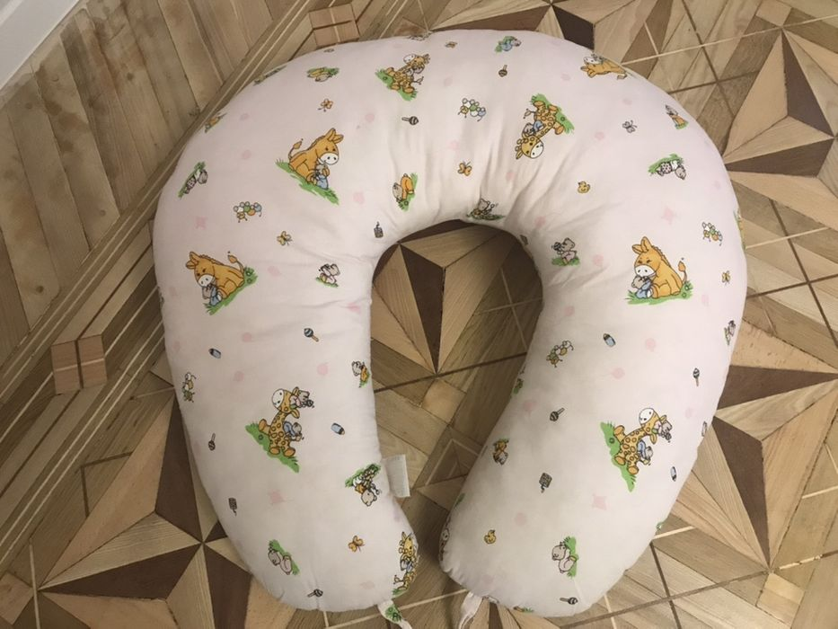 Подушка-кокон для кормленич Veneto Гостомель - изображение 1
