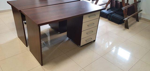 solidne biurko 138x65 cm z szufladami