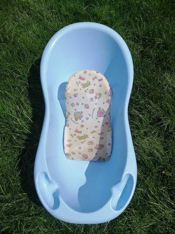 Ванночка для купания с подставкой. Польша.