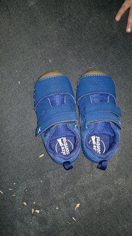 sapatos 23