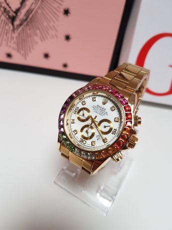 Zegarek damski Rolex Daytona nowy diamenty  kolor  złoty tarcz biała