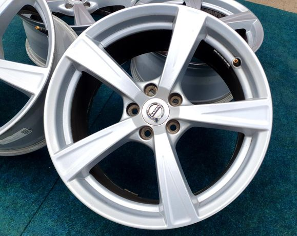 Диски титани колеса R18 5*108 Volvo Ford Jaguar