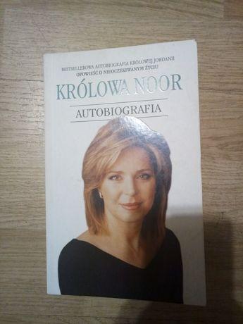 Autobiografia królowej Noor