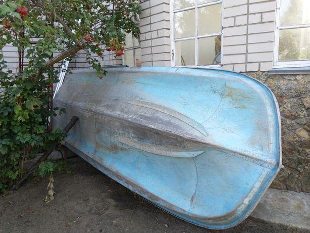 Продам Лодка Обь-3