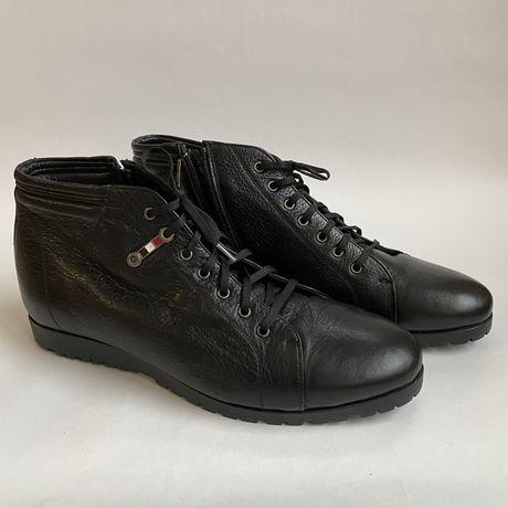 Мужские зимние кожаные ботинки 43 размер , размер в размер , на цигейк