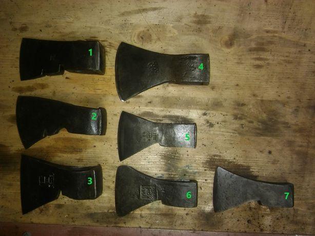 Stare siekiery, topory, sygnowane i odrestaurowane.