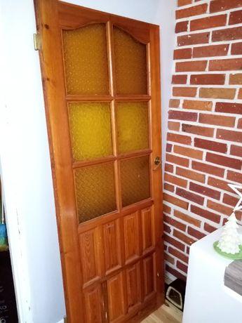 Drzwi pokojowe drewniane solidne