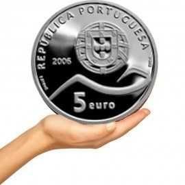 Várias moedas em prata comemorativas 5€
