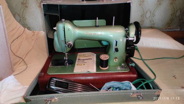 Срочно продам обменяю Швейная машина электро Husqvarna klass 18 orig.