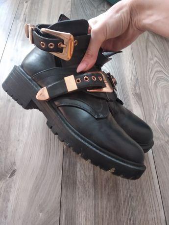 Ботинки черные телии вел