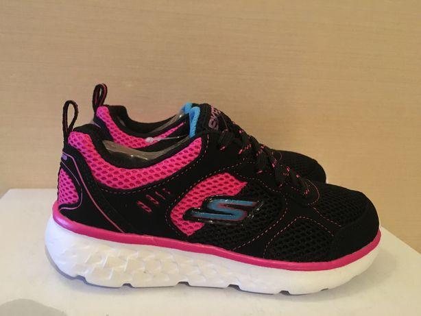 Новые кроссовки для девочки Skechers