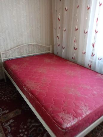 Кровать металлическая, современная