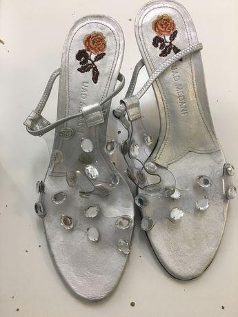 Sandalia de festa de senhora