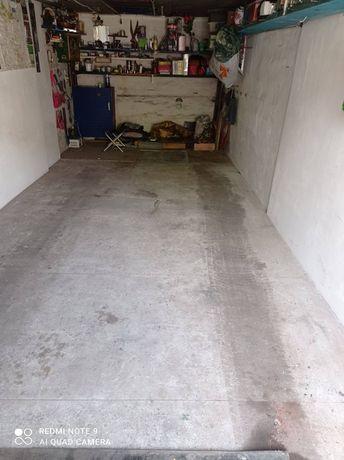 Сдам гараж в г. Родинское