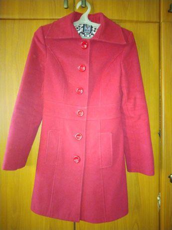 Пальто женское осеннее 42 размера