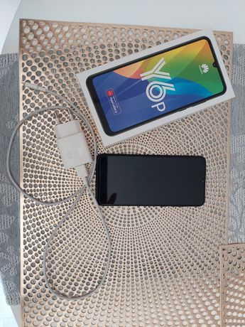 Huawei Y6P z 2020 roku