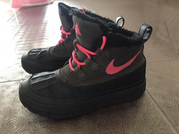 Продам детские зимние водонепроницаемые ботинки для девочки