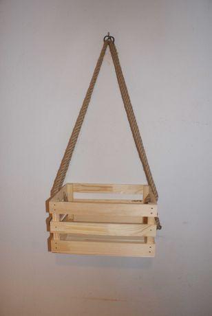 Półka wisząca ze sznurkiem z juty - skrzynka drewniana -juta