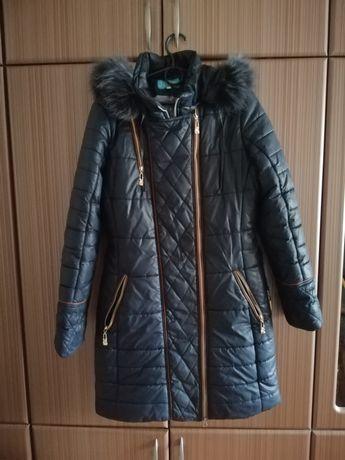 Зимняя длинная курточка