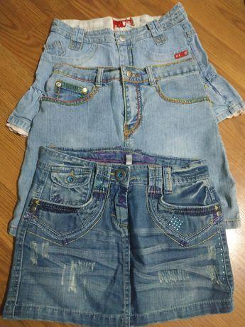 Джинсовая юбка на девочку-подростка, разгружаю шкаф