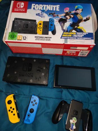 Nintendo switch versão especial fortnite com ano e meio garantia
