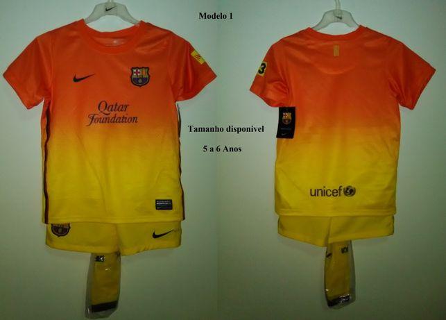 Equipamentos e camisolas de clubes Europeus de Futebol para criança.