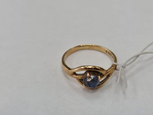Klasyczny złoty pierścionek damski/ 585/ 2.29 gram/ R12/ Cyrkonia