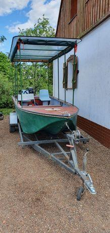 Łódź łódka motorowa wędkarska z przyczepą