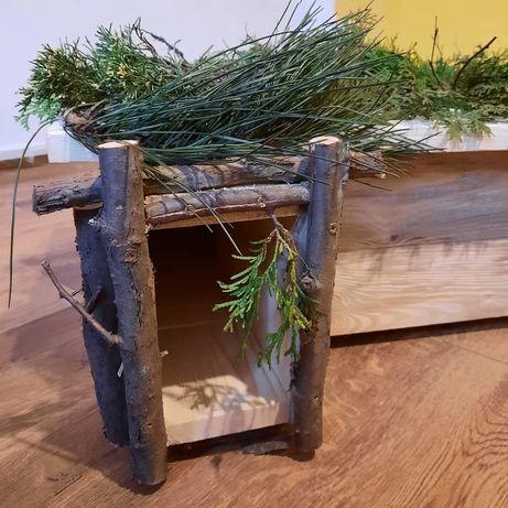 Drewniany domek dla jeża