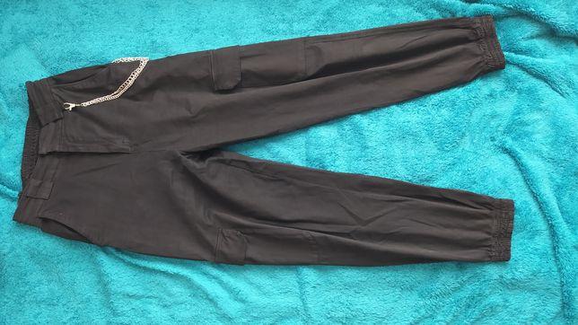 Spodnie Joggery Pull&Bear