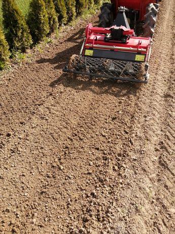 Zakładanie Ogrodów Trawników Glebogryzarka Separayjna Sianie Trawy