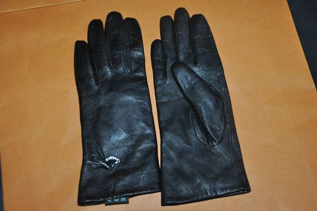 Продам перчатки с натуральной кожи с утеплителем