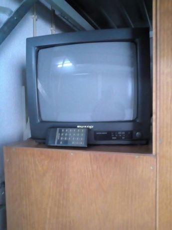 TV sharp com comando