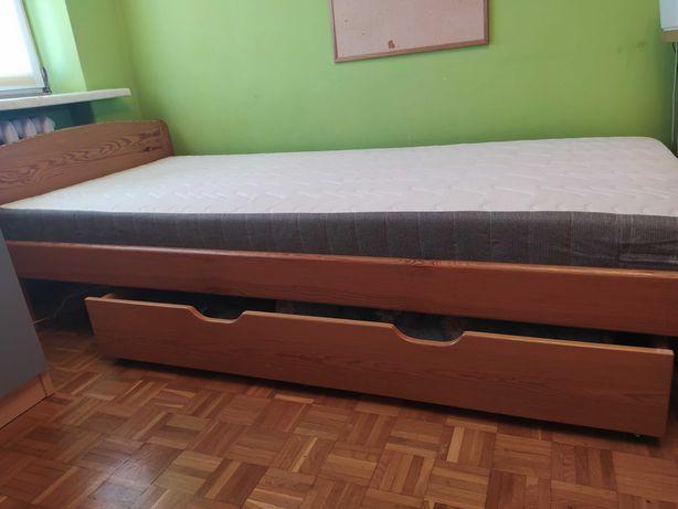 Sprzedam łóżko z materacem 90x200
