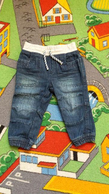 Spodnie dżinsowe rozmiar 74